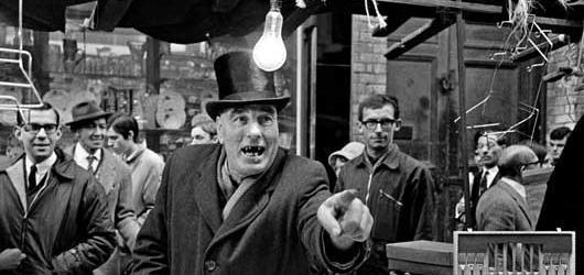 Výstava v Leica Gallery představuje Londýn 60. let očima Miloně Novotného