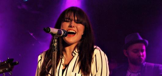 Ewa Farna představila v Olomouci své písně v novém aranžmá