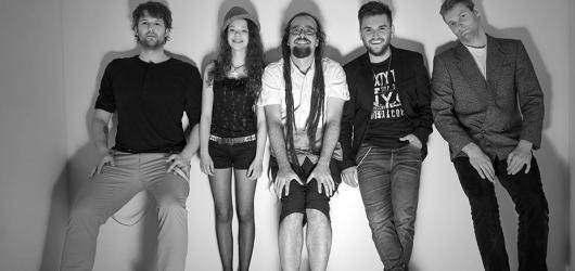 Kapela Emoce: Chceme, aby naše hudba emocionálně hýbala s lidmi!