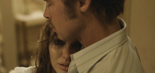 Angelina s Bradem se znovu setkali na plátně v dramatu U moře