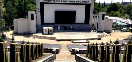 Letní kina aneb Kde si užít v Plzni film pod širým nebem?