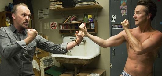 Birdman: výjimečný oscarový film o trnité cestě za slávou