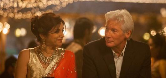 Druhý báječný hotel Marigold: svěží komedie o humorném čekání na smrt