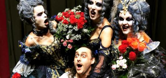 Muzikál Dracula slaví 20. narozeniny. Přináší staronové obsazení i živou hudbu