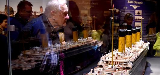 Titanic zakotvil v Praze. Láká na originální artefakty i věrné rekonstrukce lodních prostor