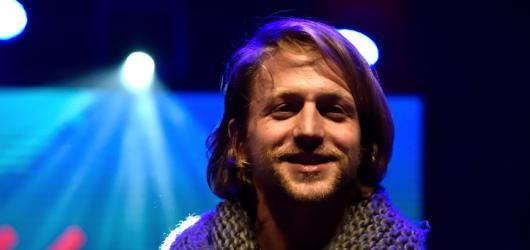 Žebřík 2015 ovládla kapela Kryštof. Pro cenu za nejlepšího zpěváka si došel Tomáš Klus