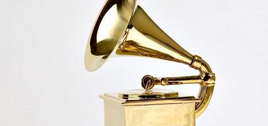 Ceny Grammy znají své vítěze! Bodovali Kendrick Lamar, Taylor Swift i Ed Sheeran
