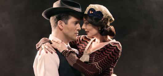 Proslulí gangsteři Bonnie & Clyde se objeví na prknech Hudebního divadla Karlín