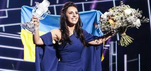 Dozvuky Eurovize: Ukrajinská vítězka byla jmenována národní umělkyní. Rusové nesouhlasí s výsledky