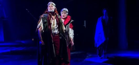 Dlouhý poryv potlesku zdvihla v Moravském divadle Shakespearova Bouře. Byl zasloužený?