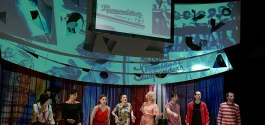 Štěstí ve Studiu Ypsilon: Swing? Víc než hudba!