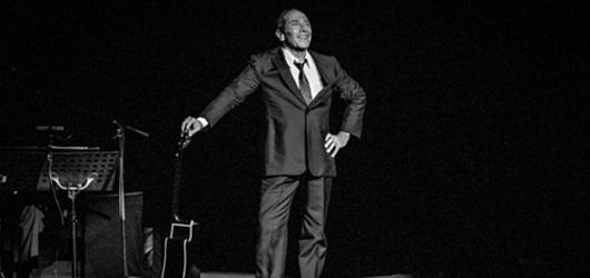 Paul Anka zrušil pražský koncert i celé evropské turné. Kvůli bezpečnostní situaci
