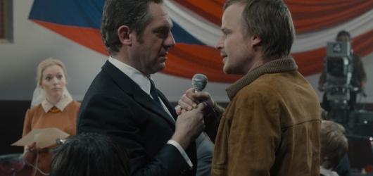 Krycí jméno Holec: Bondovka z Prahy je mixem obstojného historického filmu a rakouských předsudků