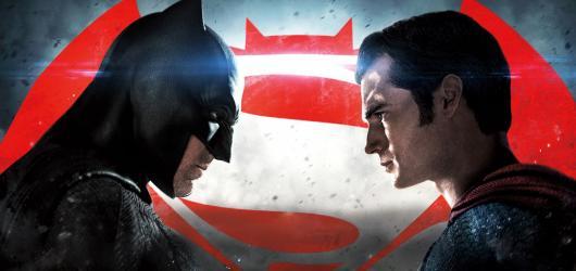 Recenze: Batman v Superman pokouší trpělivost komiksového universa (60 %)