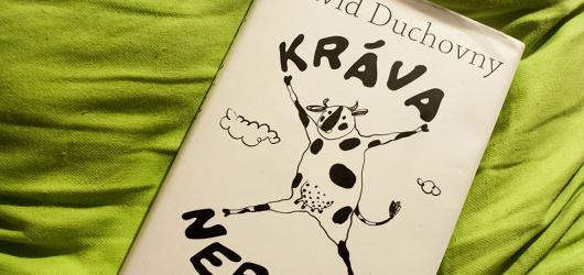 Kráva nebeská: humorná povídka, nebo zvířecí volání o pomoc?