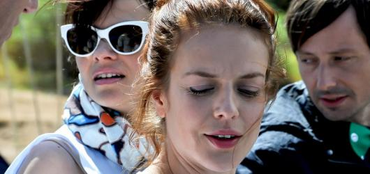 Jak se zbavit nevěsty: roztomilá veselohra zaujme jen na vteřiny