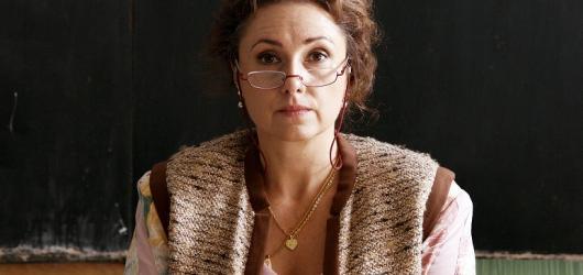 Hřebejkova Učitelka míří do českých kin. Premiéru bude mít na festivalu v Karlových Varech