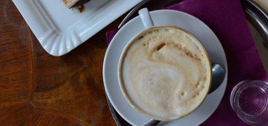 6 zahrádek, které musí kavárenský povaleč v Praze rozhodně navštívit