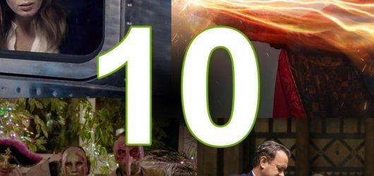 Filmový říjen: Brownovo peklo, doktor z Marvelu a vlakový thriller