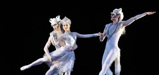 Státní opera se proměnila v říši ledu: Nikola Márová kraluje