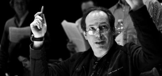 Hans Zimmer vystoupí již zítra v Praze. Svými filmovými hity rozezní O2 arenu