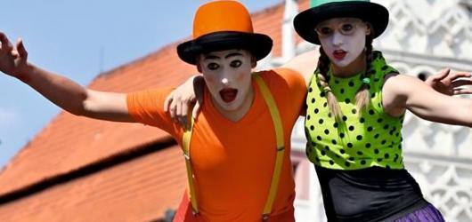 Komedianti v ulicích zpestří i letos prázdniny v Táboře
