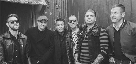 Energický celtic punk se řítí na Českou republiku! V Praze vystoupí kapela Dropkick Murphys