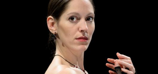 Divadlo Kampa představuje Annu Kareninu v komorním provedení. Velmi niterně a citlivě