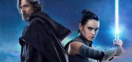 Star Wars nacházejí rovnováhu síly i příběhu. V Posledním z Jediů překonávají samy sebe