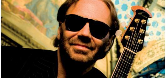 Světoznámý kytarista Al Di Meola vystoupí v Praze