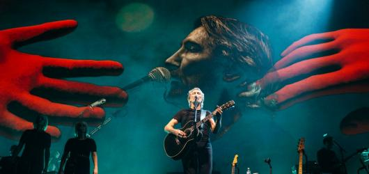Hvězda legendárních Pink Floyd dorazí opět do Prahy. S novou show i tradičními hity