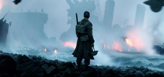 Dunkerk přináší na filmová plátna hrůzy války v krásných barvách