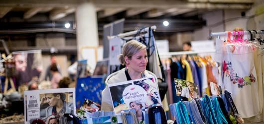 Předvánoční nákupy v poklidném Kampusu Hybernská nabízí dvacátý Mint Market