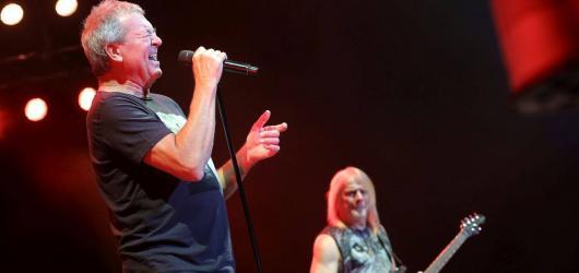 Deep Purple v Praze dokázali, že k ledu rozhodně nepatří