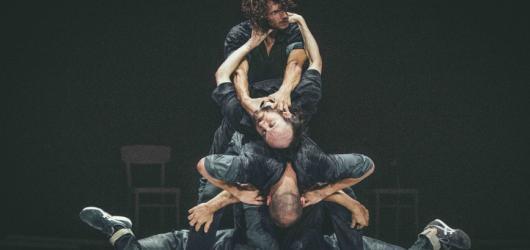 SOUTĚŽ: Zahajte spolu s Tancem Praha jeho jubilejní ročník a nepropásněte inscenaci Fractus V