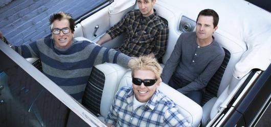 The Offspring téměř čtvrt století od prvního českého koncertu opět rozburácí českou metropoli!