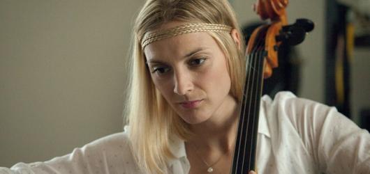 Krobot v Kvartetu prezentuje skeptický postoj vůči generaci singles