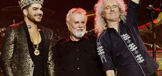 Do Prahy se vrací legendární kapela Queen. Doprovodí ji Adam Lambert
