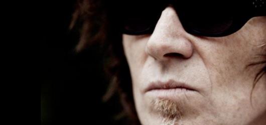 Mark Lanegan dorazí i s kapelou do Prahy a Brna. Návštěvníkům představí novou desku
