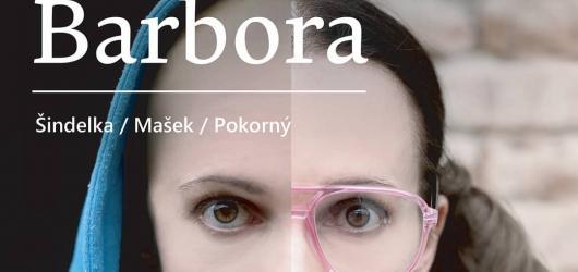 Svatá Barbora v podání Alana Novotného a Petry Bučkové skvěle shrnuje kuřimskou kauzu