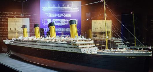 """""""Nepotopitelný"""" Titanic připluje do Brna. Výstava představí původní exponáty vytažené ze dna oceánu"""