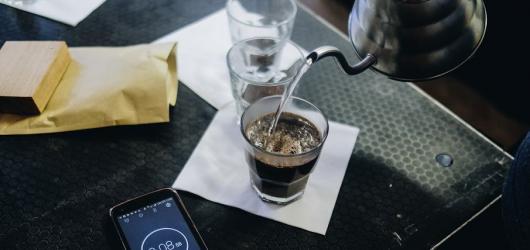 Festival pro všechny milovníky kávy. Prague Coffee Festival láká na degustace či senzorický workshop
