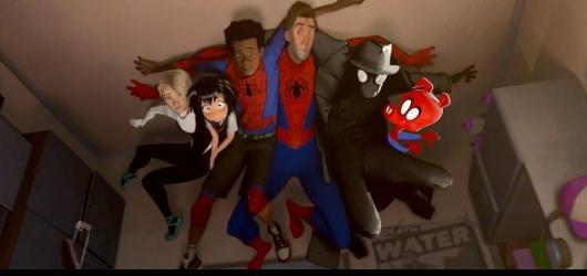 Oživlý komiks. Paralelní Spider-Man dokazuje, že animák může nadchnout i dospělé a že hrdinou může být i prase