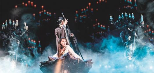 Legendy světových muzikálů: Tajuplný Fantom opery vzbuzuje u diváků úžas i po více než 30 letech