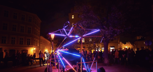 SIGNAL Festival představí čtyři mladé umělecké naděje. Letos budou reflektovat téma NEXT:100