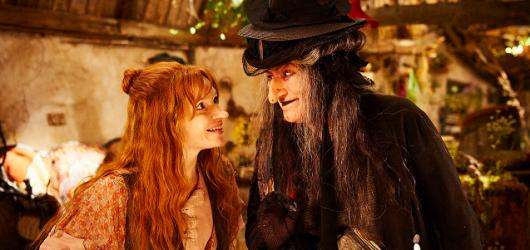 Malá čarodějnice vykouzlí úsměv na dětských tvářích i po letech