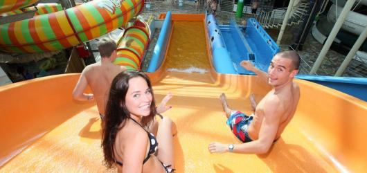 SOUTĚŽ: Chcete se v létě zdarma osvěžit v Aquapalace Praha? Zasoutěžte si s námi o vstupenky!