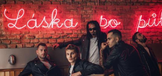 Kapela Mandrage vydává nové album Po půlnoci