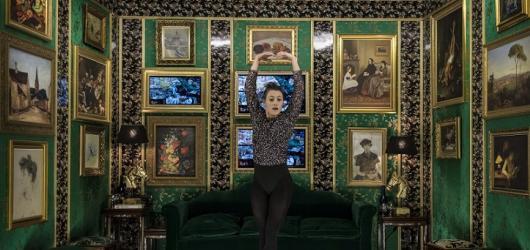 Divadlo Na zábradlí ukazuje negativní stránku umělecké společnosti