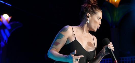 Beth Hart po roce přijede do Prahy a vydá živou nahrávku